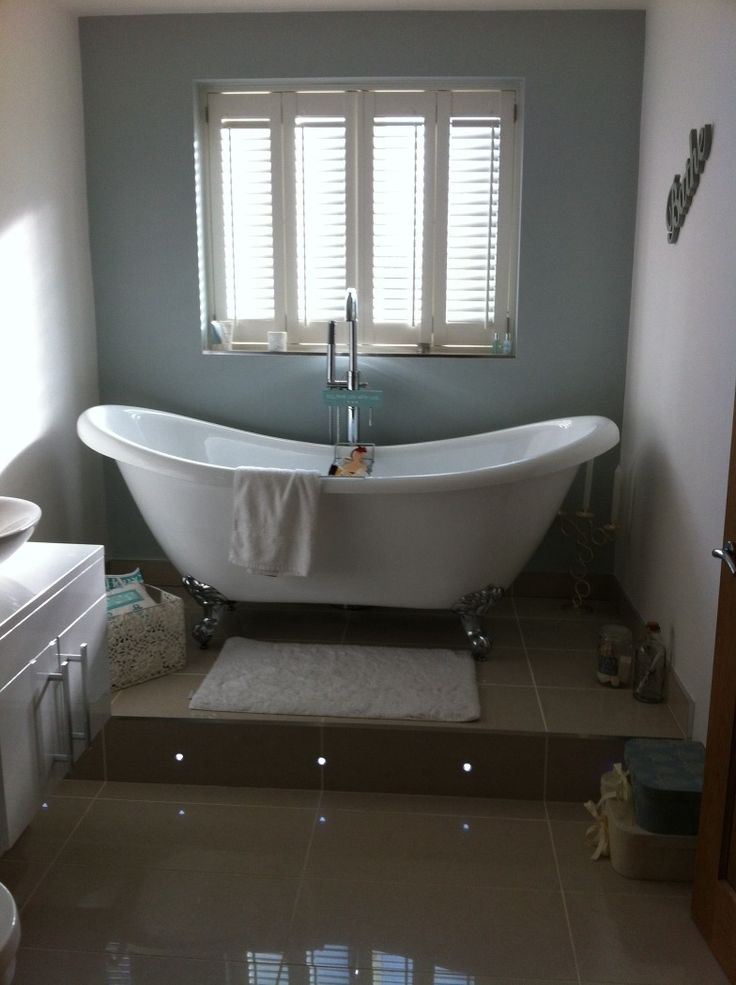 Deborah From North Shields Makes Our Free Standing Bath