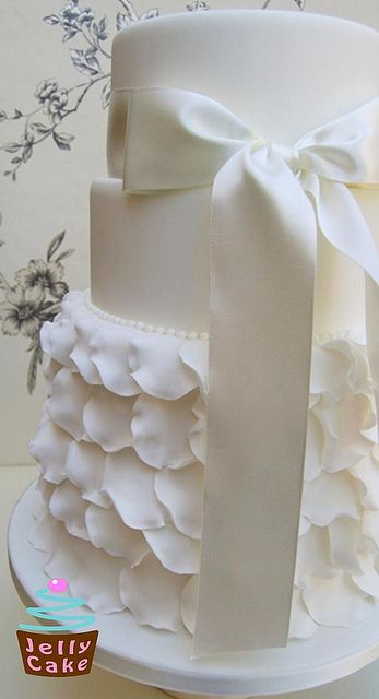 Frills Wedding Cake by www.jellycake.co.uk, via Flickr