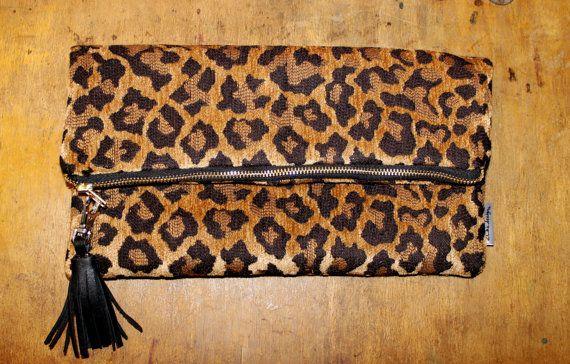 Embrayage de léopard pli sur le sac les femmes par 2chicdesigns, $52.00