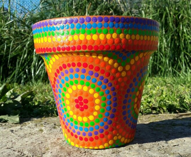Multicolor. Macetas pintadas a mano. Home Deco. Facebook: A'cha Pots. achapots@hotmail.com