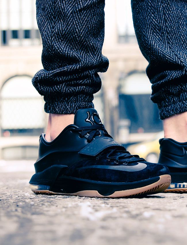 Nike KD vii Suede × Herringbone Joggers