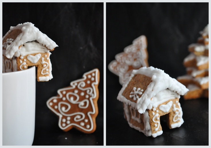Mini gingerbread cottage