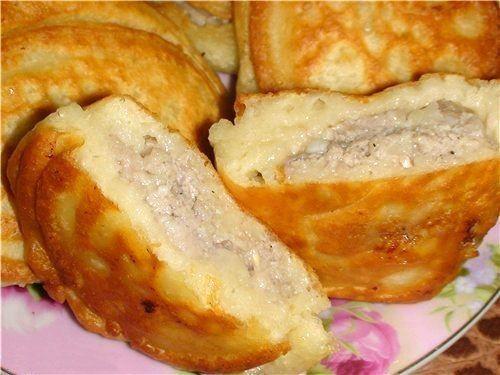 Ленивые беляши на кефире это очень просто и быстро! Беляши получаются мягкими, пышными, а мясная начинка внутри ароматной!