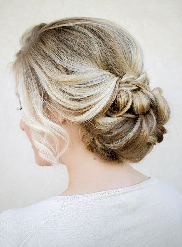 Most beautiful braid with curls I've ever seen, need my hair a little longer for this look but everyone should try it