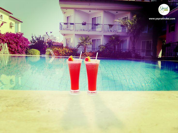 Last cocktail of the summer season! Follow Us on Twitter  @hotelyaprak. #YaprakHotelDalyan #dalyandayasam #koycegiz #kaunos #viewoftheday #holiday #pool #vacation