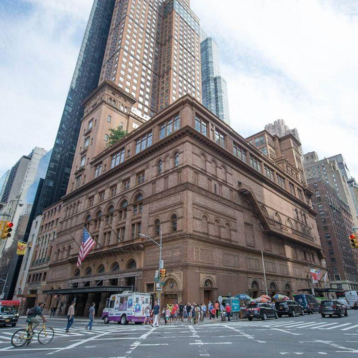 "Le Carnegie Hall vu dans ""Maman j'ai encoreraté l'avion et je suis perdu dans NewYork!"". #homeAlone #home alone2 #NewYork #newyorkcity #newyorkstreet #newyorkstreetart #newyork_instagram #instanewyork #instannyc #nycstreets #nycstreetphotography  #movie #kids #kiddo  #chriscolombus #macaulayculkin"