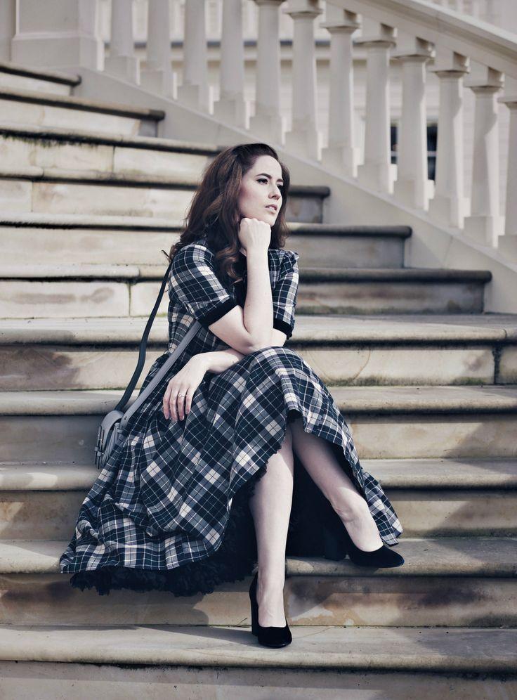 kariertes Petticoat-Kleid, Schulmädchen Petticoat-Kleid, Petticoat-Kleid mit Schleifenkragen, schwarzer Petticoat, modernes Petticoat-Kleid, Retro Blog, Mode Blog, Fashion Blog, Like A Riot