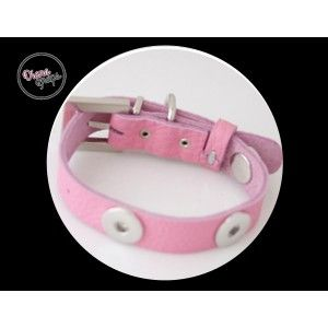 Pink collar, Medium with 3 Snaps! Visit: http://www.dianasnaps.com/partner/LauraG