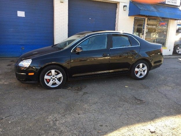 Check out this 2008 Volkswagen Jetta SE Only 121k miles. Guaranteed Credit Approval or the vehicle is free!!! Call us: (203) 730-9296 for an EZ Approval.$5,995.00.