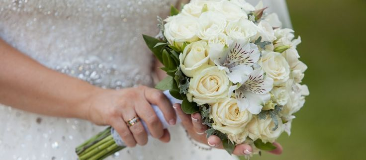 Wedding florists canning vale, weddings flowers, groom flowers, flowers package, bridal flowers in western AU.