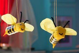 Bijen van wc rol