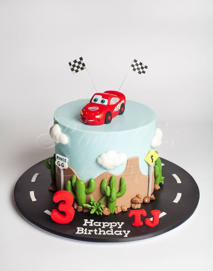 Mcqueen Car Cake Decoration : 25+ best ideas about Cars Cake Design on Pinterest Hot ...