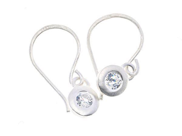 Crystal Pebble Silver Earring - HeidisHoff.no