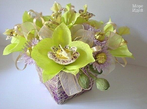 Орхидеи из конфет и гофрированной бумаги / Вкусные привычки