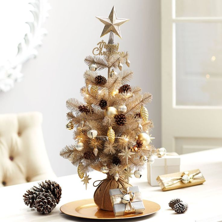 Deck The Halls With This Easy To Make DIY Gold Merry Mini Christmas Tree.  Perfect