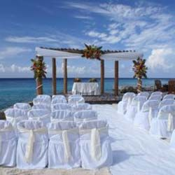 Destination Wedding Cost What To Expect