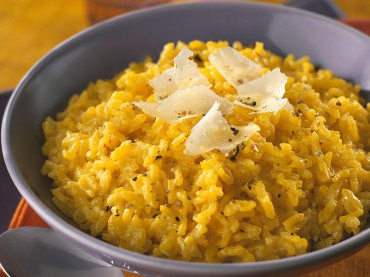 Découvrez la recette Risotto à la milanaise sur cuisineactuelle.fr.