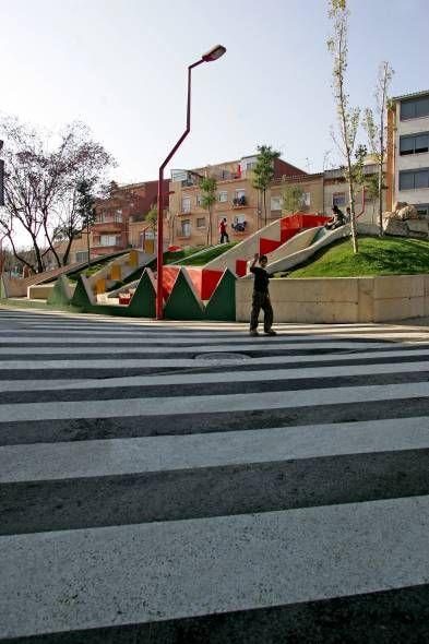 EVA Prats et Ricardo Flores, Place Nicaragua, Barcelone, 2004-2005