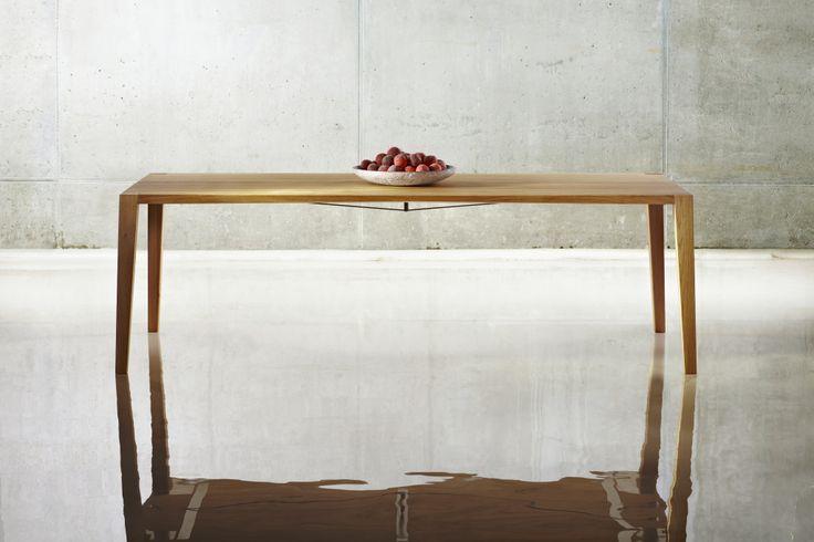 Furniture Designs JAVORINA :: Masívny dubový stôl RAM | Solid oak dining table RAM http://shop.javorina.eu