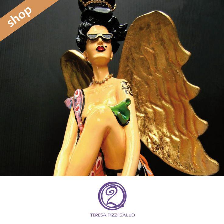 Femme fatale. La nuova collezione di statuine in legno pregiato dipinto.  CLICCA SUL LINK >>> http://www.teresapizzigalloshop.it/home/269-femme-fatale-liza.html