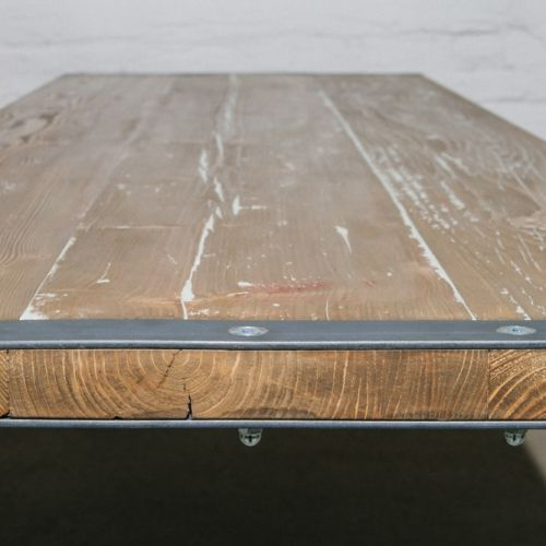 Großer Esstisch aus Gerüstbohlen. Von BjørnKarlsson