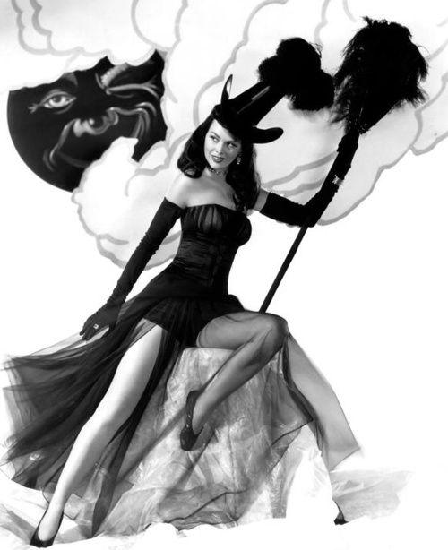 I Heart Chaos — Want more sexy retro Halloween costumes? Here ya go.