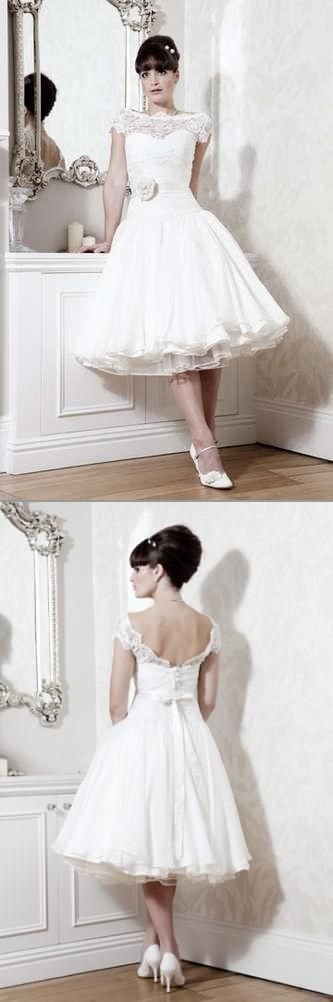 shoes to wear to a wedding if you are going for a more vintage look for your wedding 7341