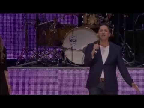 No hay lugar más alto | |HD| Live - Miel San Marcos ft Christine D´ Clario - YouTube