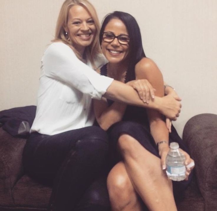 Jeri Ryan and Roxann Dawson