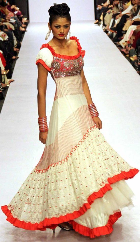 Best 25 latest pakistani fashion ideas on pinterest Fashion style in pakistan 2013