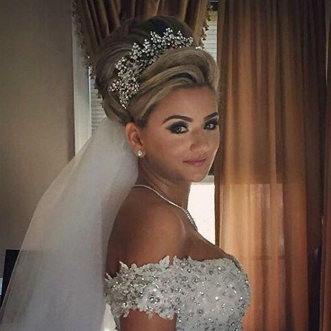 Wedding Hair Down With Veil And Tiara : The 25 best tiara hairstyles ideas on pinterest wedding tiara