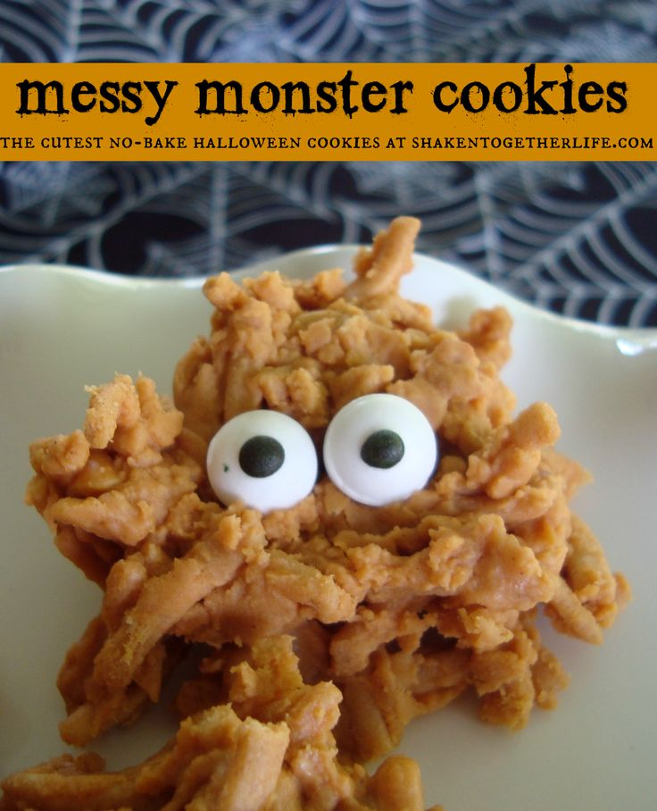 messy monster cookies are the cutest no bake halloween cookies from shakentogetherlifecom - Halloween Bakery Ideas