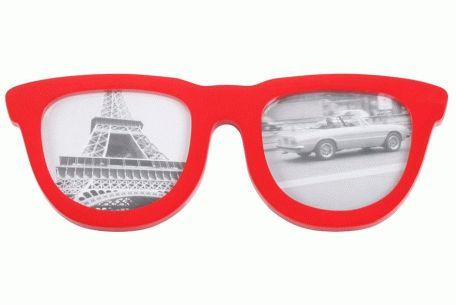 Rama foto Ochelari vă dă posibilitatea de a alătura două fotografii într-o formă originală, însuflețită de culoarea roșie a ramelor.  Recomandă-o prin Happy Share si primesti 4% comision din vanzarile generate.