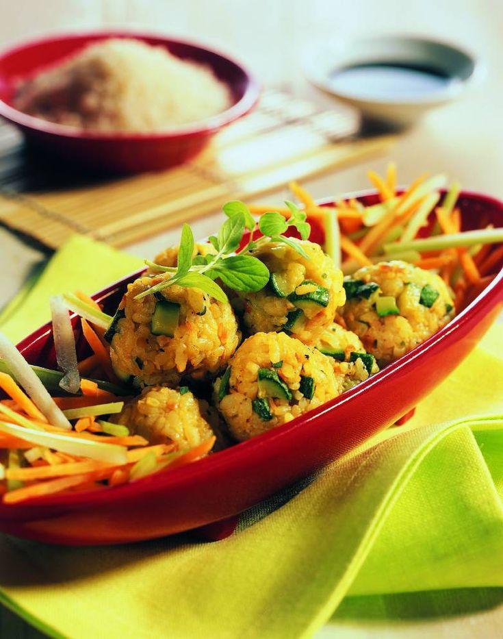 Polpettine di riso giapponese al curry con zucchine e mandorle - Cucina Naturale