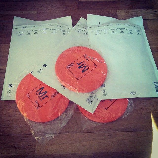Första discarna skickade idag. Kul med intresset! Är du sugen på en ny lättkastad Mid-Range? Gå in och beställ du med på frolf.nu för att få hem en i brevlådan. #frolfnu #discgolf #disc #frolf #midrange #frisbee #frisbeegolf