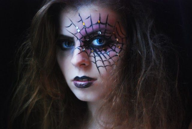 Louise La Cerise - Blog Mode et Beauté Rennes: Halloween Week The Black Widow