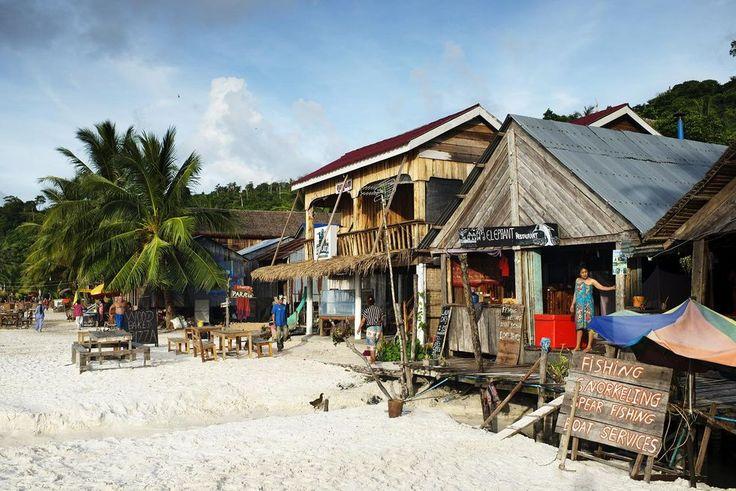 Kambodja: Stranden vid Paradise Bungalows tillhör ryggsäcksturisterna. Foto: Jonas Gratzer.