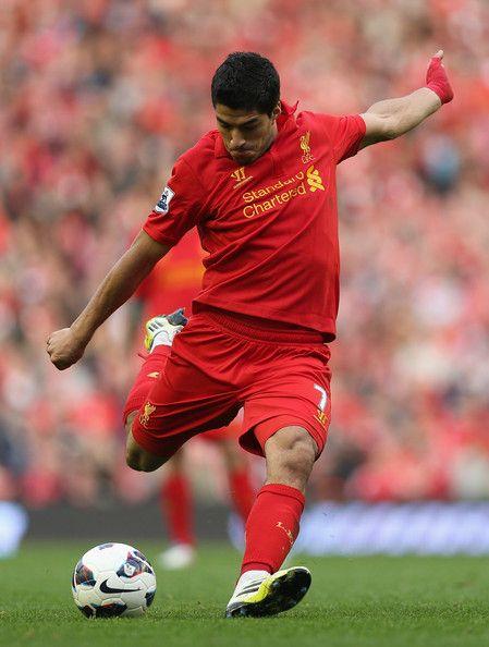 Luis Suarez - the December hero in Premier League! :)