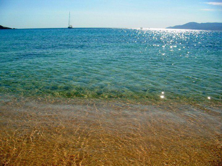 manganari beach ios greece