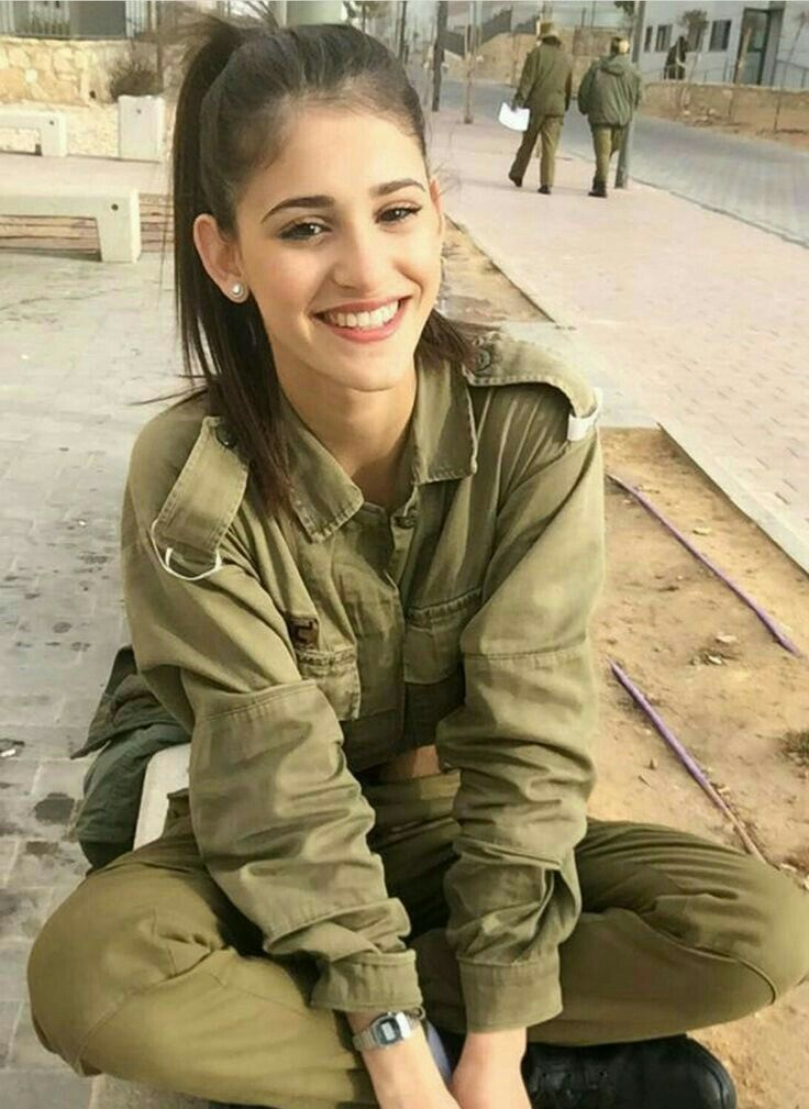 26 Best Gorgeous Military Babes Images On Pinterest  Female Soldier, Military Female -2925
