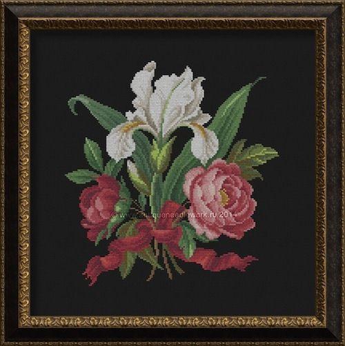 """Gallery.ru / """"Розы и фиалки"""" овал (модель) - Салон старинной вышивки - antiqueneedlework"""