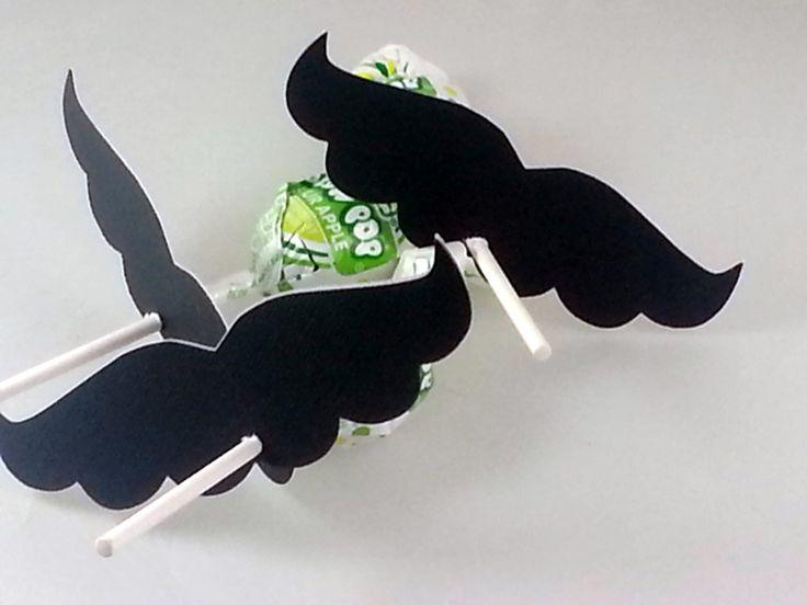 Mario moustache cotillons ou cadeaux traiter par coupleofbubbles, $28.00