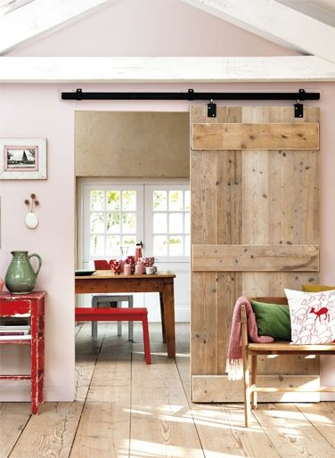 Tür von Küche zu Wohn- oder Esszimmer