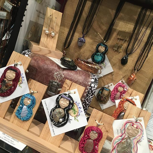 Some new pretty ladies have just been dropped off to our cube at the @incube8r gallery... Head on over and check them out along with some other great local artists!! #polymerclay #jewelry #jewellery #color #colorful #handmade #handcrafted #handmadejewelry #supportlocal #shoplocal #boho #bohemian #bohostyle #crystals #gems #gemstone #crystalhealing #alternative #spiritual #etsy #etsyshop #etsyseller #art #instadaily #melbourne #instapic #style #princess #queen