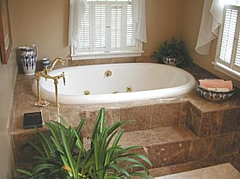I Want A BIG Garden Tub In My Bathroom Sooo Bad. It Would Be So Relaxing.