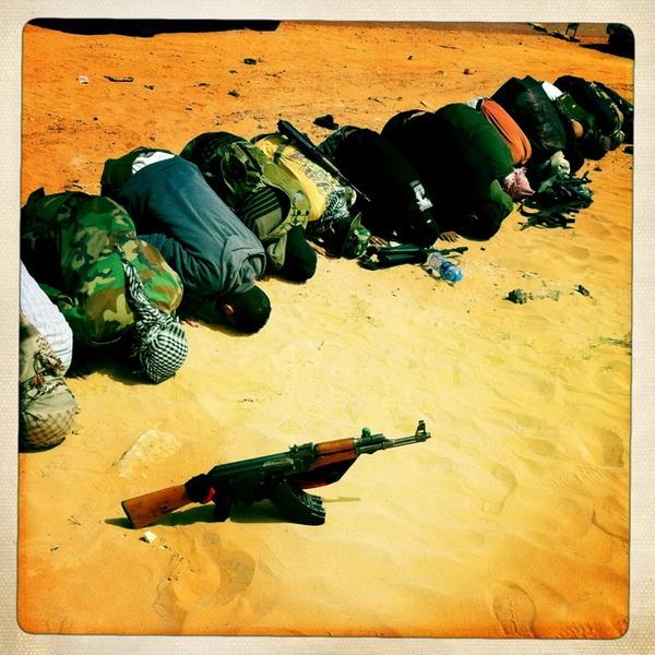By @benlowy     #war     http://rosphoto.com/a_lou_benjamin