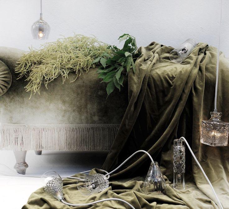 La gamme Crystal de la designer Susanne Nielsen, créatrice du studio Ebb and Flow. #EbbandFlow #Susannenielsen #crystal #supension #pendantlight #éclairage #lighting #luminaire #lampe #lamp #inspiration #blownglass #glass #verre soufflé #verre #home #maison #décoration