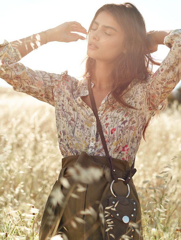 H&M:n keväisestä Spring Fashion -uutuusmallistosta löydät kaiken kukkamekoista ja beigeistä paitapuseroista vihreisiin hameisiin ja pallomekkoihin.