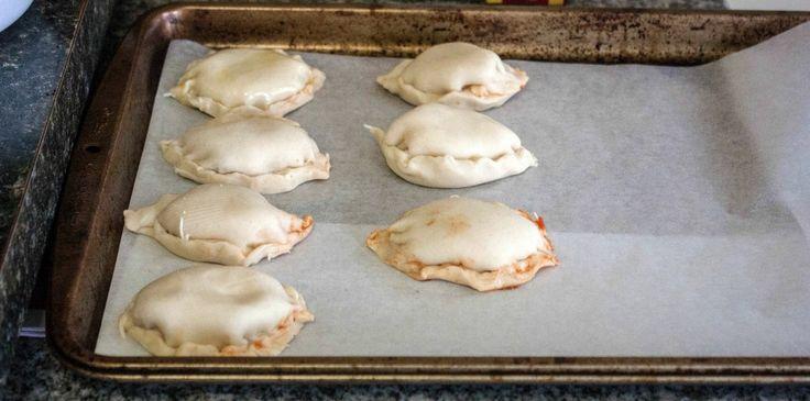 Homemade pizza pockets - Sweet Phi