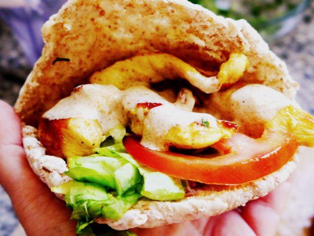Receta de Kebab casero o shawarma casero: de pollo, sencillo de preparar. Una comida diferente, sana, nutritiva. ¡Y riquísima! no se pierdan esta receta.